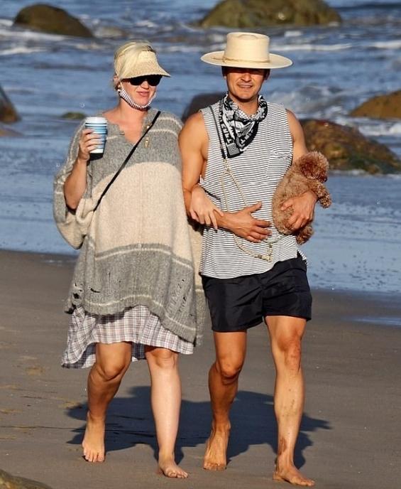 """Ваканцията на известните: Кейти Пери и Орландо Блум в последни """"свободни"""" мигове преди бебе #1"""