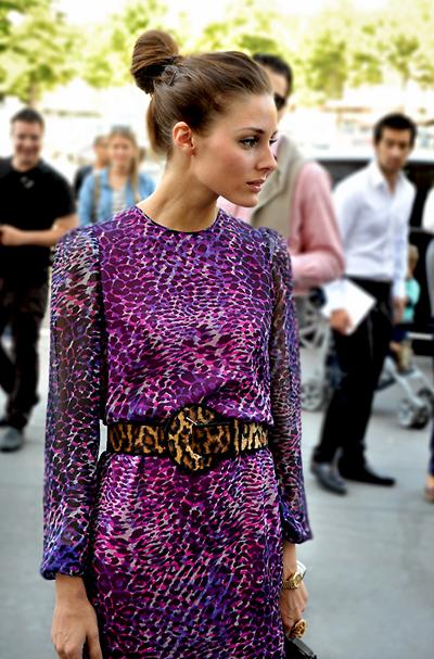 Ах, тази Оливия Палермо!На пръв проглед тази комбинация е напълно немислима, но Оливияя носи с уникалнаграция и чар.(Easy Fashion)