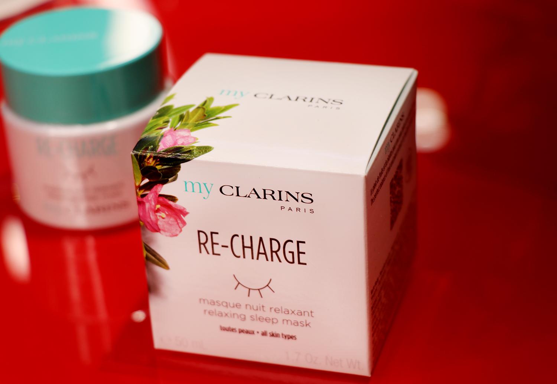 """My Clarins RE-CHARGE нощна маска, от 54лв. на 40,50лв. Релаксираща билкова инфузия; работи както като нощен крем, така и като маска. """"Презарежда"""" батериите на изтощената кожа и я оставя по-сияйна от всякога."""