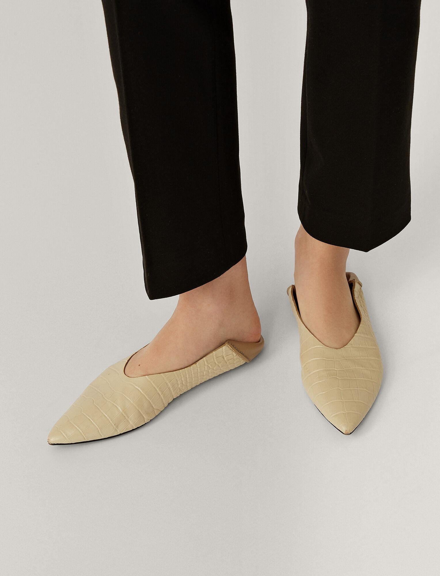 Обувки Joseph от 796 на 398 лв.