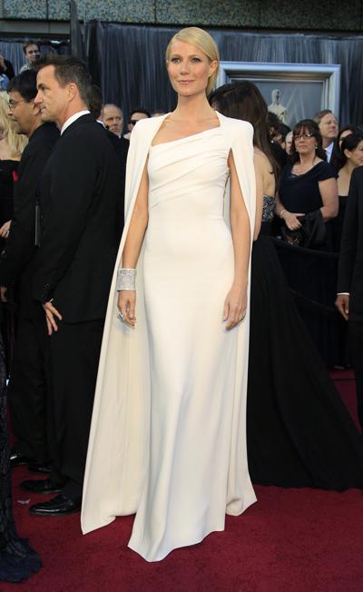 Гуинет Полтроу в минималистична рокля Tom Ford, Оскар 2012.