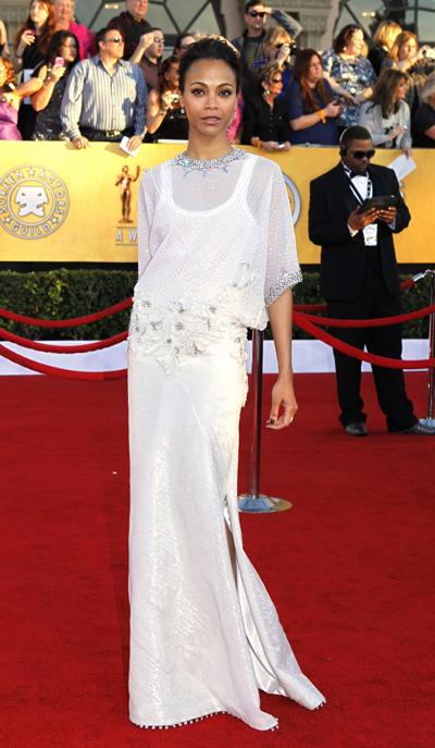 Зоуу Салдана в Givenchy Haute Couture 2012 на наградите на актьорската гилдия през януари тази година.Прекрасен силует, изключително елегатна, малко старовремска рокля с разпознаваемия почерк на Тиши.