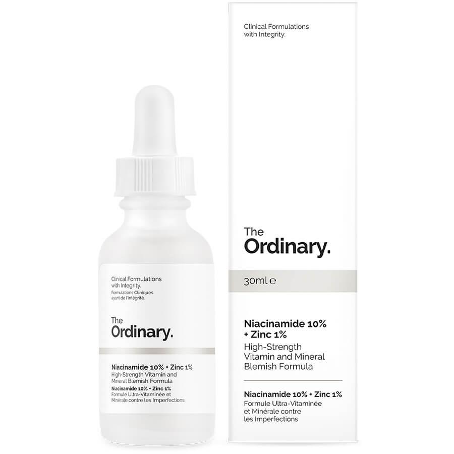 Ниацинамид 10% + Цинк 1% За тези с по-мазна и склонна към акне кожа съществува опасност от пристрастяване - обогатен с витамини (витамин В3), ниацинамидът помага да се намалят акнеичните изблици и възпаленията, докато цинкът балансира себума.