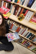 """Надежда Димитрова, млада, влюбена в книгите, """"изгубена в превода"""" им: """"От книгите винаги можем да научим нещо, че даже и да попътуваме във времето и не мисля, че някога ще стане """"демоде""""."""
