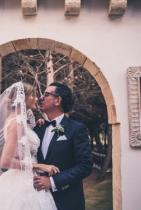 Жаклина Беридо Пизано и Себастиан Най-стилната баба в Европа, в три дни и с четири рокли отпразнува сватбата с любимия в топлите части на Сицилия.