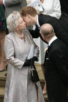 2008 Принц Хари и кралица Елизабет