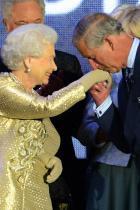 2012 Принц Чарлс и кралица Елизабет