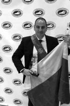 Петър Стойчев  Невероятен, Петър Стойчев обяви през ноември, че следващата му спортна цел е преплуването на Северния ледовит океан. След 11 Световни купи по плувен маратон, той ще получи идната година, на 2 май, в Ню Йорк, престижната награда Посейдон, за изключителни постижения в плувния маратон. Упоритостта, талантът и невероятният му хъс заслужават поклон. Петър е на 43 години, възхищаваме се. сн.: BG-Swim