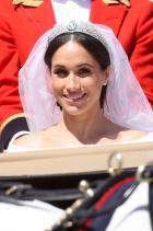 """А гласуването? От момента, в който Меган каза заветното """"Да"""" на Хари, тя се примири с идеята, че няма да може да гласува. Парламентът във Великобритания твърди, че е против Конституцията монарх да гласува, именно заради това кралското семейство не се включва в избори."""