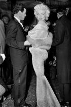 """На премиерата на филма """"На изток от рая"""", 1955"""