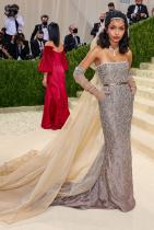 Яра Шахиди в Christian Dior