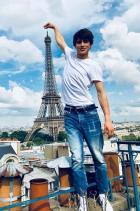 Луис Бейнс в Париж