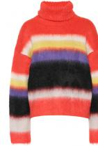 Колърблокът винаги е бил интересна модна приумица, поръчваме този моменталически - от 535 на 374 евро