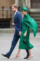 Меган Маркъл С рокля и шапка Emilia Wickstead за Деня на Общността вУестминстърското абатство.