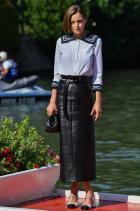 Ема Корин Облечена в Miu Miu на Филмовия фестивал във Венеция.