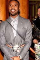 Майкъл Б. Джордън Да, People, прави сте, той наистина е sexiest man alive! Любим ни е още от боксьорската си роля в Creed, но и като Черната пантера е жесток, а и като всичко останло, като което този КРАСАВЕЦ се покаже. Искаме го само за себе си...