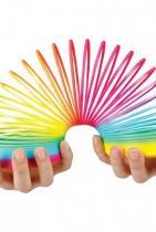 """Цветна пружина за игра Raya Toys  а.к.а. """"разтягаща се магия"""" в цветовете на дъгата. Всички помним пружините от нашето детство и вълшебството, което принасят в игрите ни.  Цена: 3,90 лв."""