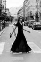 Калина Митева Мис Свят България 2018 или мис Калина Митева често гостува в Редакцията ни, а удоволствието е изцяло наше. Красавицата, надарена с изящна красота и фини черти, съвсем заслужено си завоюва титла на родна земя, а сега стискаме всички възможни палци да се върне от Китай с още по-големия приз в международния конкурс Мис Свят 2018. снимка: View Sofia