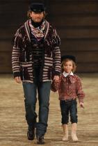 Брад и Хъдсън Крьониг на Chanel Métiers dArt 2014