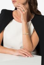 18-каратова златна гривна с диаманти Mindi Mond от Farfetch, 21 025лв.