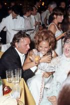 Ричард Бъртън, Елизабет Тейлър и Клаудия Кардинале, 1963