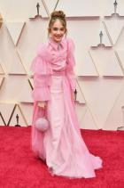 Джулия Бътърс в Christian Siriano Розовият тюл е пребогат, но понякога 11-годишните имат странни стилистични желания.