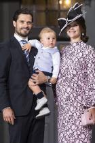 Принц Александър Първородното дете на принц Карл Филип и принцеса София. Малкото момченце, което се роди през април 2016-та година, е пето поред за наследството на шведския трон.