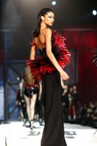 Шанел Иман Иман започва кариерата си самоинициативно на 13-годишна възраст, кандидатствайки в модните агенции в Лос Анджелис. След няколко седмици бива избирана от Том Форд, а през 2010 става част от Victoria's Secret.
