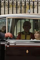 """Младоженците имат посочени шафери Малки, сладки кралски наследници. На сватбата на Уилям и Катрин имаше много такива """"принцеси"""" и """"принцове"""", а пък самият принц Джордж бе шафер на сватбата на леля си Пипа ТУК!!!"""